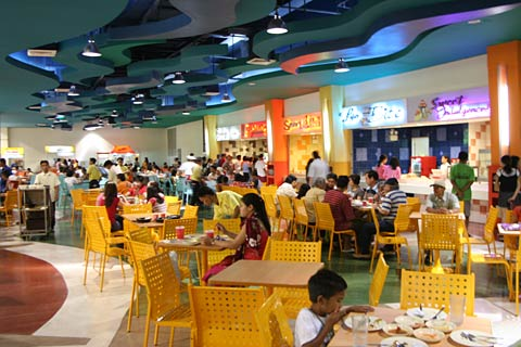 Food Plaza in Island City Mall