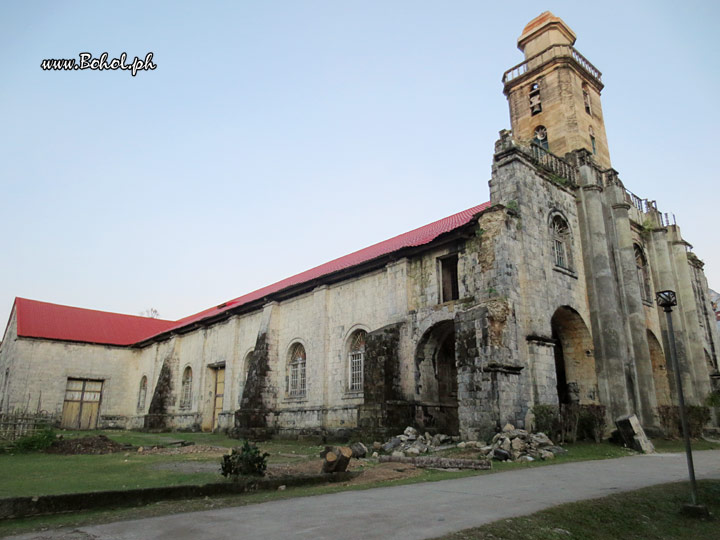 Alburquerque Church