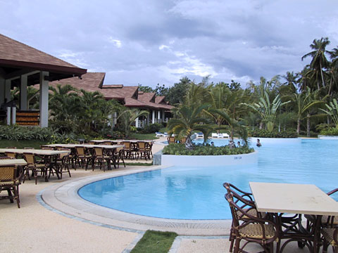 Alona Palm Beach Resort
