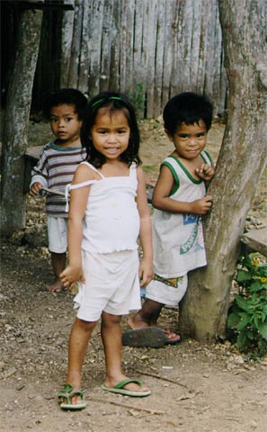 Children in Libertad